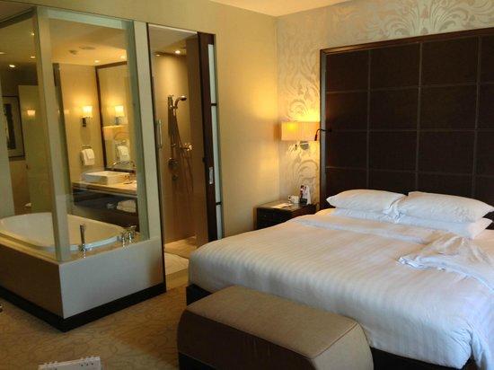 Pullman Bangkok Grande Sukhumvit : room