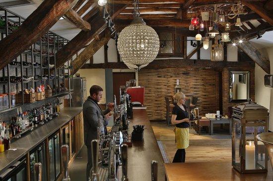 Old Bridge Inn: Bar