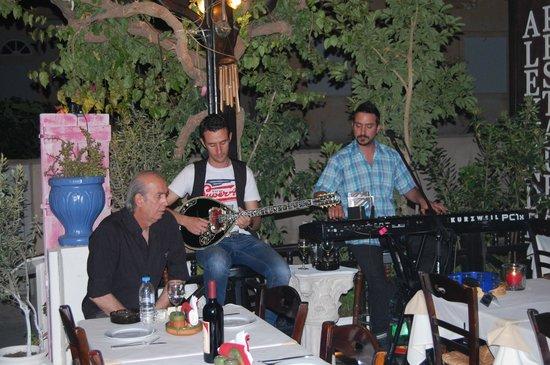 Restaurant Alexander : Live Music...Loved It