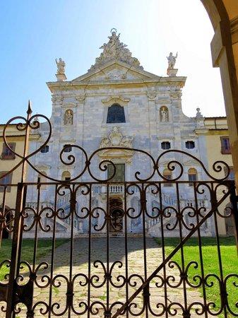 Museo Nazionale della Certosa Monumentale di Calci: Cancelli ingresso Certosa