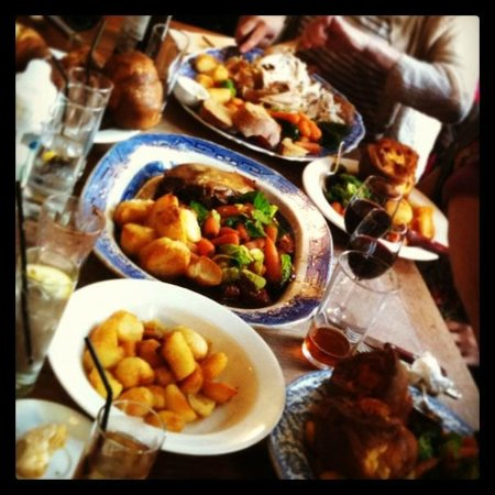 The Drapers Arms: Sharing roast