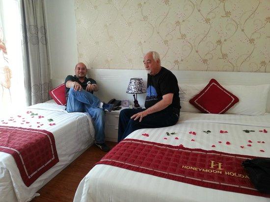 Hanoi Holiday Diamond Hotel: Family room