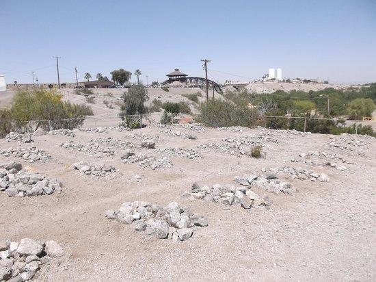 Yuma Territorial Prison State Historic Park : Prison cemetery.