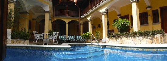 Hotel Colonial : Pool 2 in the Suite area