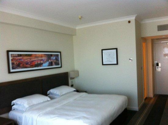 Hyatt Regency Birmingham: Bedroom View 1