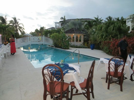 Royal West Indies Resort: One of the pools near the Pelican Bay restaurant at RWI