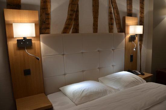 Hotel de la Cote d'Or : Chambre double- La Côte d'Or à Semur