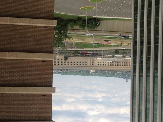 DoubleTree by Hilton - Washington DC - Crystal City : View of Pentagon form our window