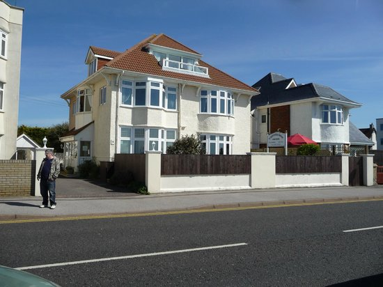 Westcotes House : sea facing guest house