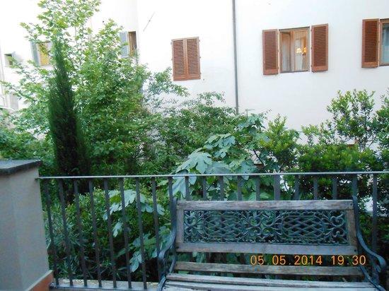 Hostel Archi Rossi: Terrasse