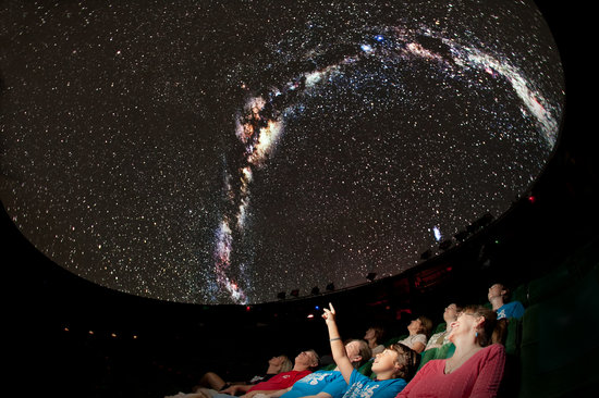 Roper Mountain Science Center : shows every Friday night in Hooper Planetarium
