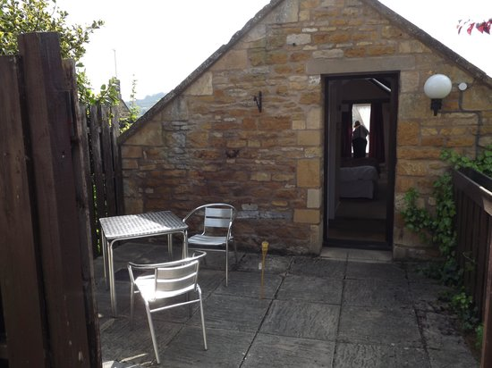 The Crown Hotel: Patio Area