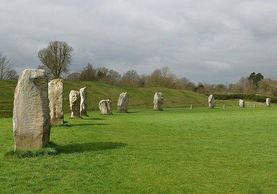 Unique British Day Tours: Avebury, a surprise for us from Michael Osborne