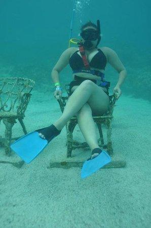 Ocean Adventures Bavaro Splash : lookin sexy down under