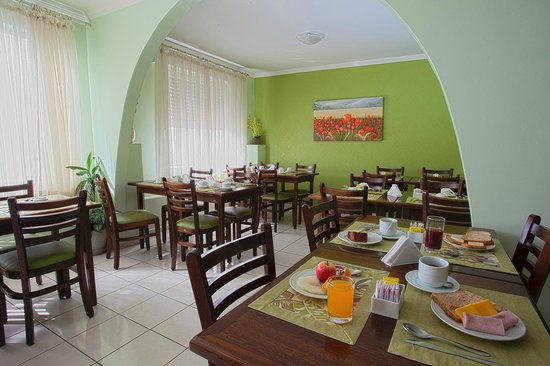 Carina Flat Hotel : Café da manhã