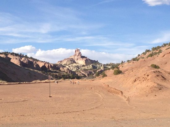 Red Rock Park: The walk from the trail head is very sandy.