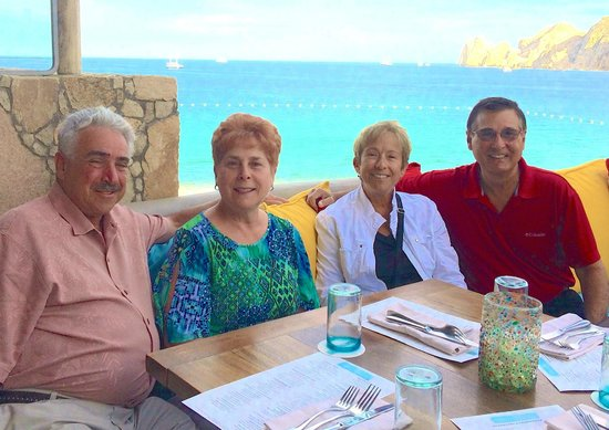 Hacienda Cocina y Cantina : The outdoor dining provides a spectacular view of Land's End