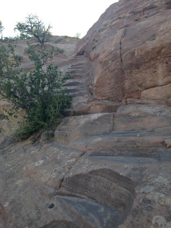 Red Rock Park: Stone steps can get a little bit dicey on a very slopy rock.