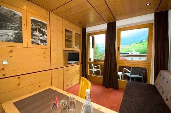 Hotel Garni Hainbacherhof: Wohndoppelzimmer