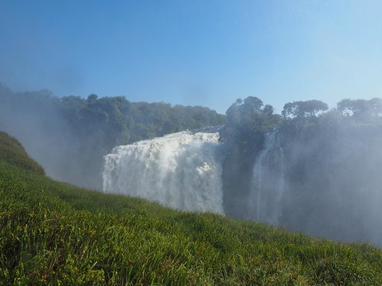 The Victoria Falls Hotel: Falls from nearby vantage point