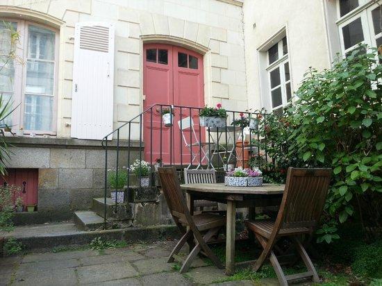 Cage d 39 escalier picture of la maison de bertrand rennes for Aventures de maison rennes