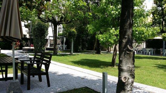 Igea Suisse Hotel Terme : giardino