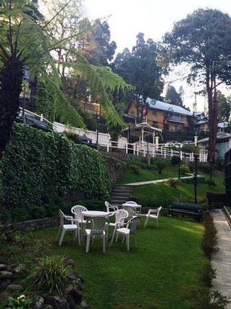 The Elgin, Darjeeling : the garden