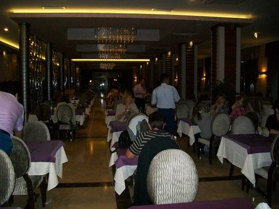 Golden Rock Beach Hotel: dinner