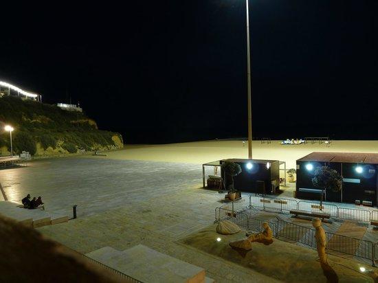 Edificio Albufeira Apartments: view of the beach from balcony