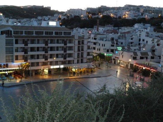 Edificio Albufeira Apartments: view from the escalator beautifull
