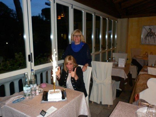 Park Hotel Marinetta : la torta di compleanno !!