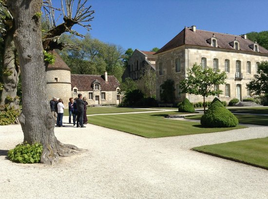 Abbaye de Fontenay: Inside the grounds 1