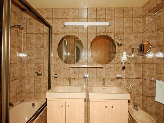 Pramstraller: Badezimmer