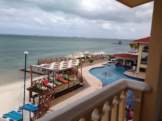 All Ritmo Cancun Resort & Waterpark: Balcony view from Room 326