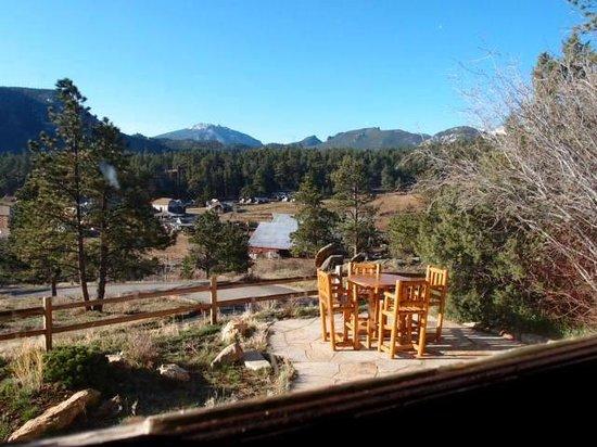 The Golden Leaf Inn: View from living room