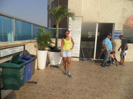 Hotel Cartagena Plaza : En la piscina del hotel