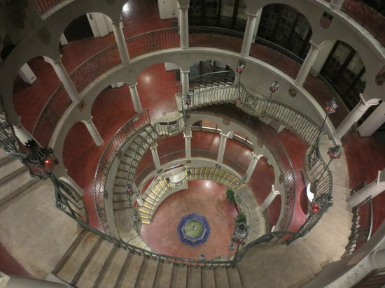 The Mission Inn Hotel and Spa: View of spiral stairs - not to be missed
