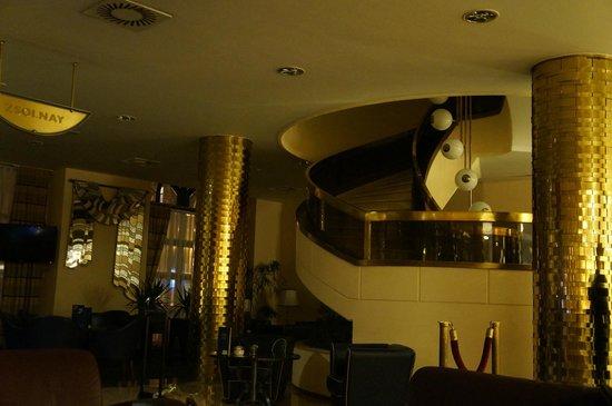 Radisson Blu Beke Hotel, Budapest: Lobby