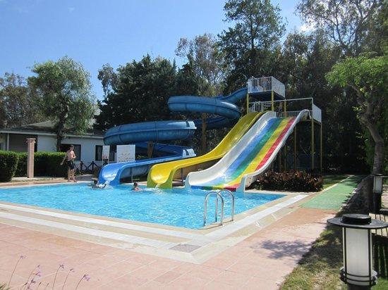 Maritim Hotel Saray Regency : piscines avec tobogan