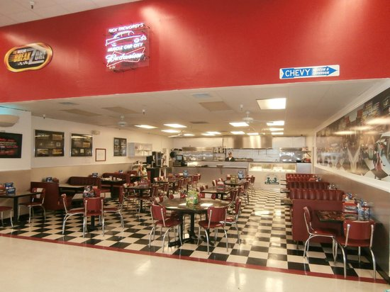 Muscle Car City Museum: Diner