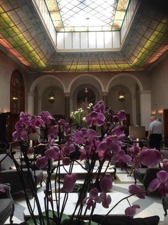 Grand Hotel de la Minerve: cortile