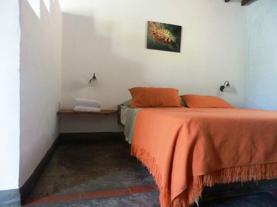 Posada Casa Las Trinitarias: hab 6 pb, cama principal
