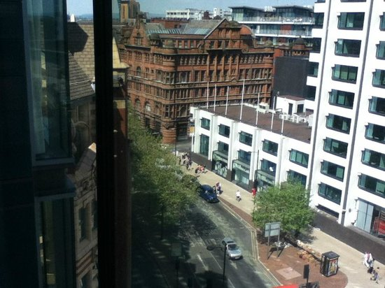 DoubleTree by Hilton Manchester Piccadilly: View from room 8th Floor
