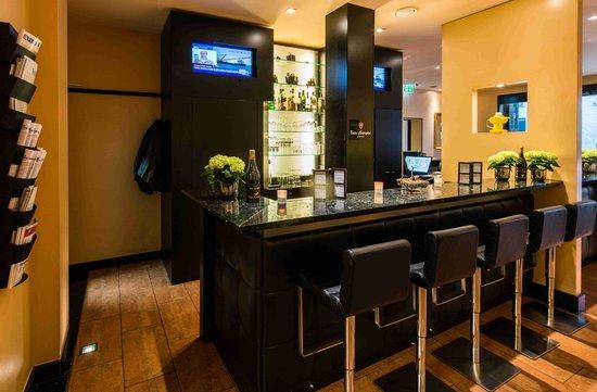 Hotel Concorde: Bar