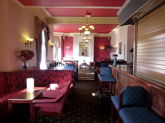 Ambassador Hotel: Ambassador bar area.