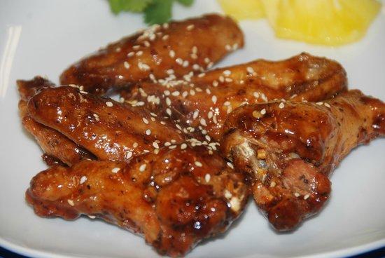 Longshore Restaurant: Teriyaki wings