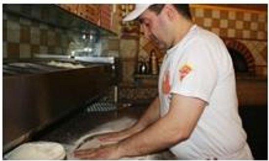 Pizzeria Il Fornaretto: Titolare