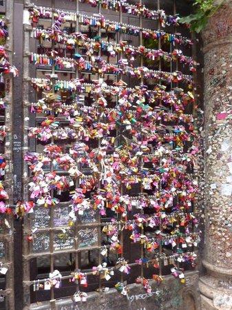 Casa di Giulietta: Стена