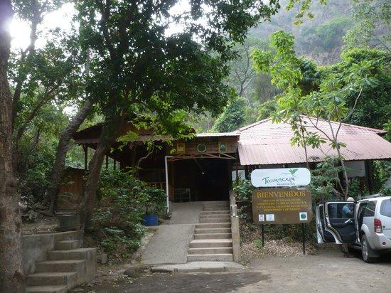 Chocoyero-El Brujo Natural Reserve: Reception area