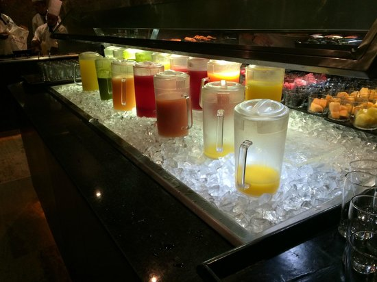 Paradisus Punta Cana Resort: Juice selection at breakfast